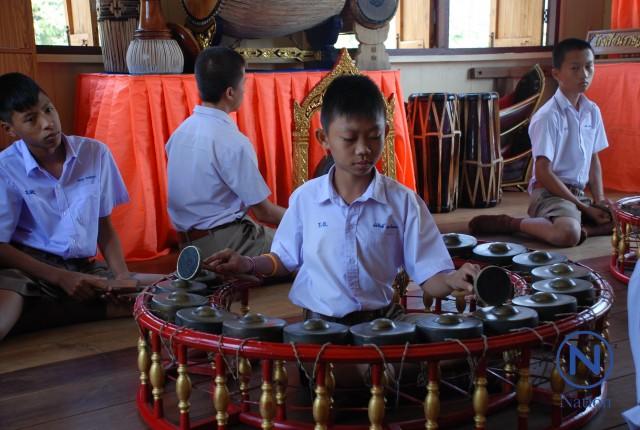 'ดีเดย์ 60 เด็กไทยเล่นดนตรี 1 อย่าง' โต๊ะครู ว่าไง